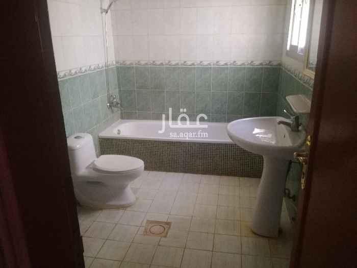 شقة للإيجار في شارع سفيان بن همام ، حي الربوة ، الرياض ، الرياض