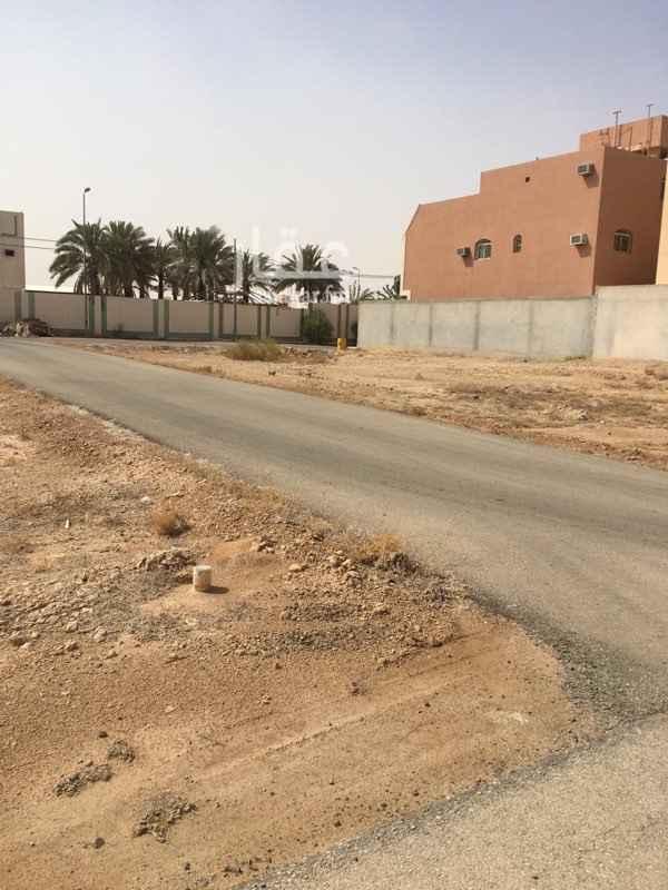 أرض للبيع في شارع الحسن البصري ، حريملاء