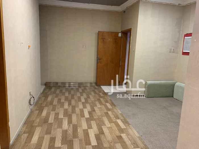 شقة للإيجار في شارع السعادة ، حي العقربية ، الخبر ، الخبر