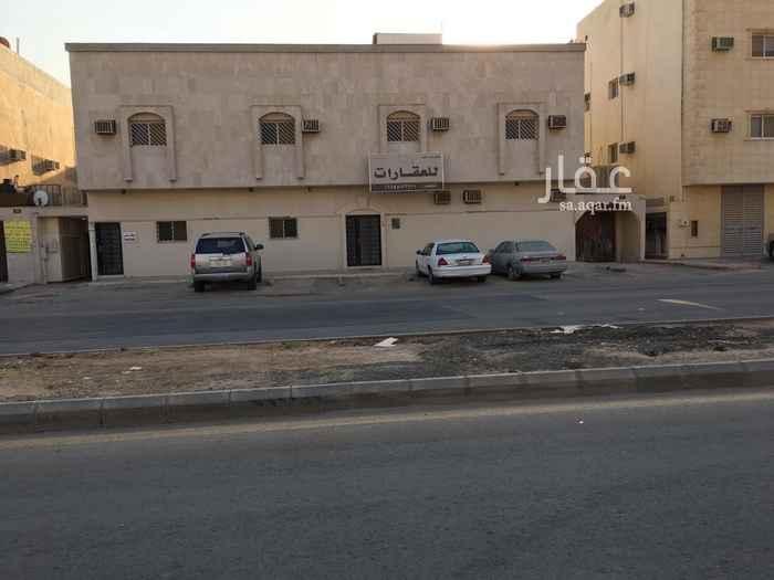 عمارة للبيع في شارع عبدالله الخرجي ، حي العقيق ، الرياض