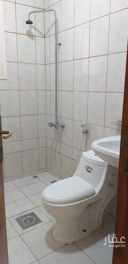 شقة للإيجار في شارع 21 ج ، حي العقربية ، الخبر ، الخبر