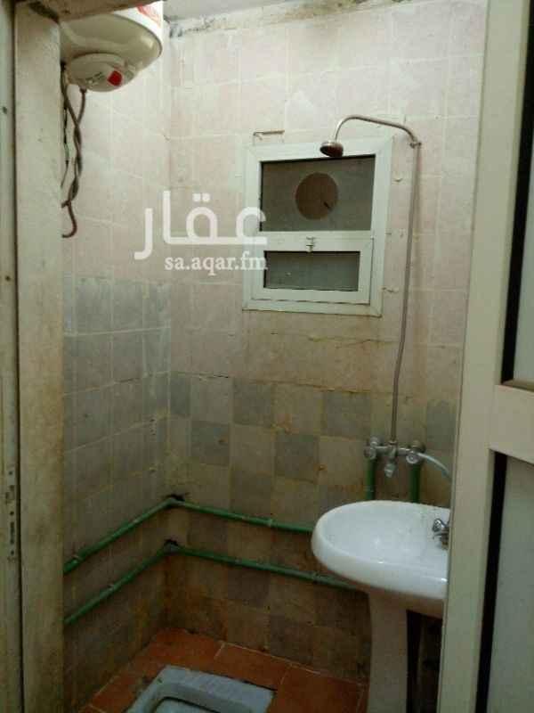 شقة للإيجار في شارع الخطيب بن تيمية ، حي العود ، الرياض