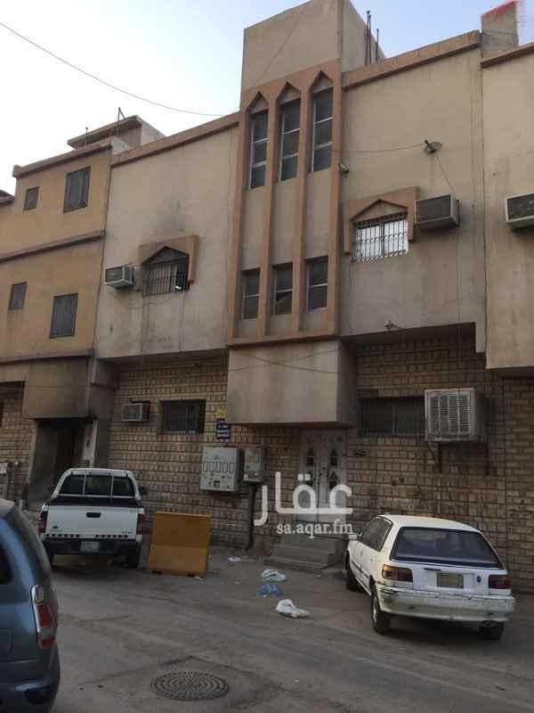 عمارة للبيع في شارع احمد بن الجوري ، حي المرقب ، الرياض ، الرياض