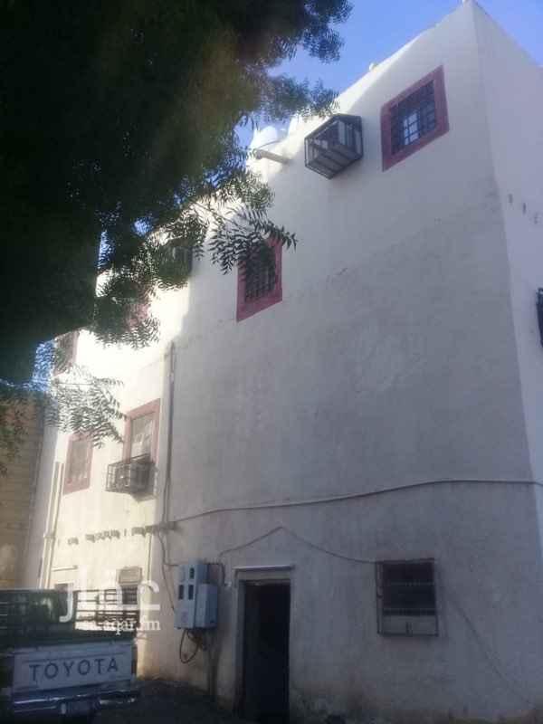 بيت للبيع في شارع ابن عبدالحكم ، حي الاصيفرين ، المدينة المنورة
