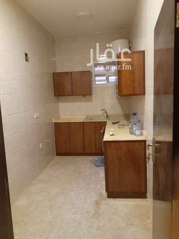 شقة للإيجار في شارع أبي الفتح الرزاز ، الرياض