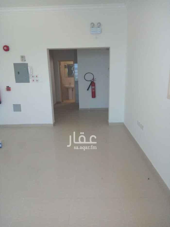 مكتب تجاري للإيجار في شارع الملك خالد ، حي غرناطة ، الدمام ، الدمام