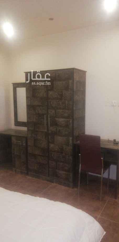 مكتب تجاري للإيجار في شارع الامير تركي بن عبدالعزيز الاول ، حي المحمدية ، الرياض ، الرياض