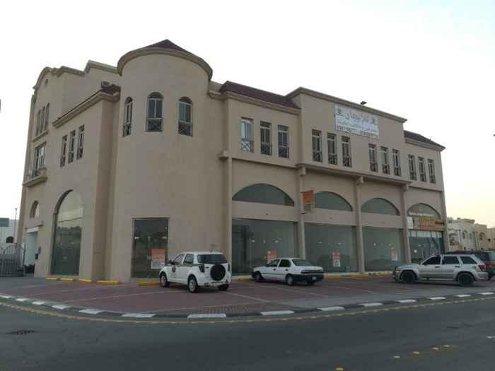 محل للإيجار في طريق الملك فهد بن عبدالعزيز ، حي الجسر ، الخبر
