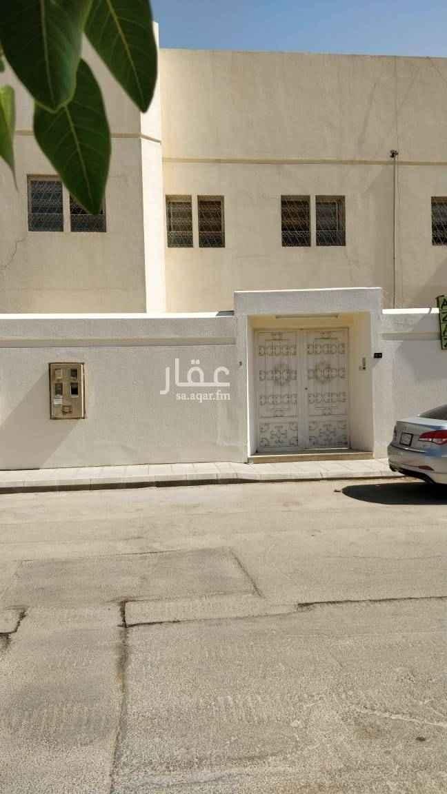 دور للإيجار في شارع ابن المهلب ، حي الريان ، الرياض