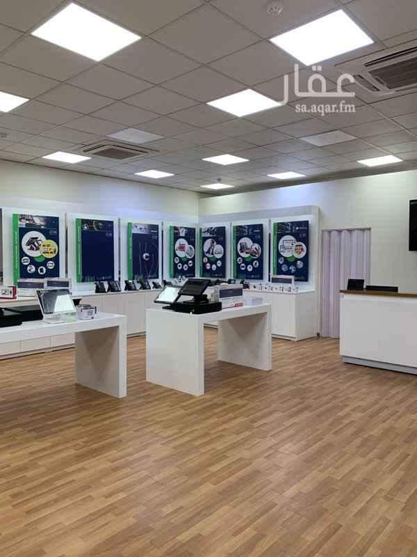 محل للبيع في شارع وادي الدواسر ، حي العليا ، الرياض ، الرياض