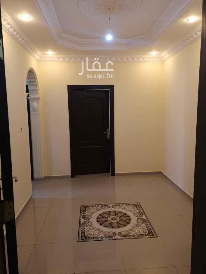 شقة للإيجار في شارع شهاب بن اسماء ، حي البوادي ، جدة