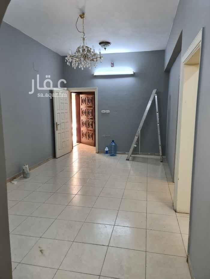 شقة للإيجار في شارع ابن جني ، حي الصفا ، جدة ، جدة