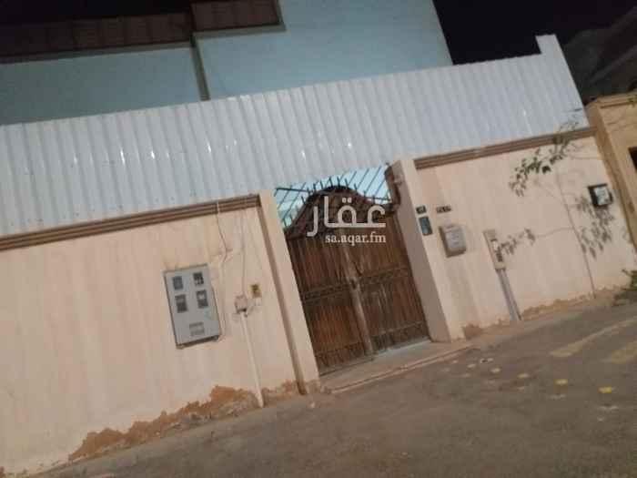 فيلا للبيع في شارع الصلحانية ، حي الشفا ، الرياض