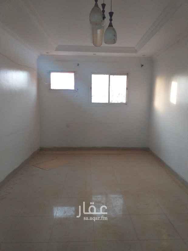 شقة للبيع في شارع عبداللطيف بن مبارك ، حي الشفا ، الرياض ، الرياض