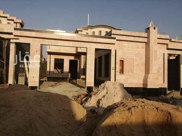 بيت للبيع في شارع نجم الدين الايوبي ، الرياض