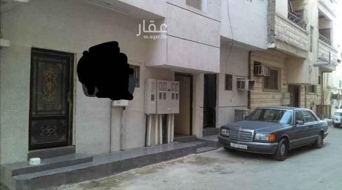 عمارة للبيع في شارع اوس بن حارثه ، حي البادية ، الدمام