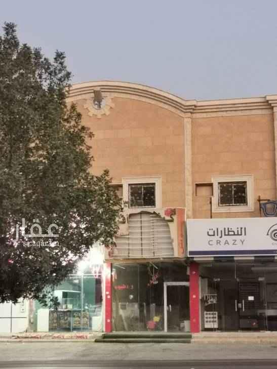 محل للإيجار في شارع الشيخ عبدالعزيز بن محمد بن علي ، الرياض