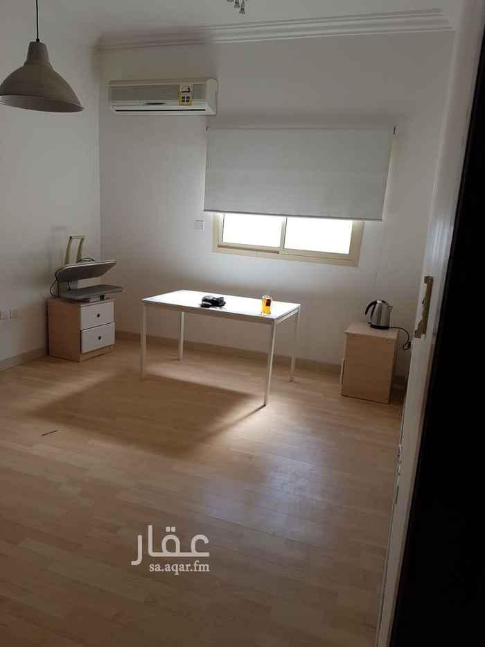 شقة للبيع في شارع خليج تونس ، حي النفل ، الرياض