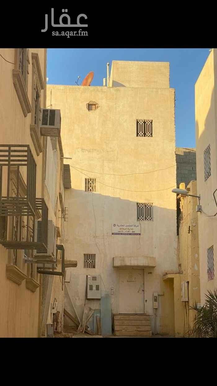 عمارة للبيع في شارع عبدالعزيز القحيمي ، حي الجرادية ، الرياض ، الرياض
