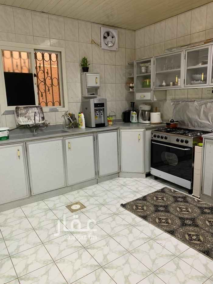 بيت للبيع في شارع ابراهيم بن سعد ، حي العريجاء الغربية ، الرياض ، الرياض