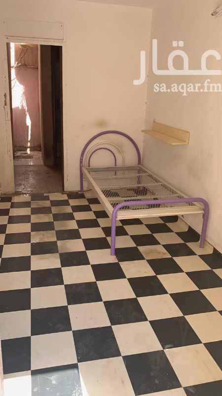 غرفة للإيجار في شارع اروى بنت عبدالمطلب ، حي الملز ، الرياض ، الرياض