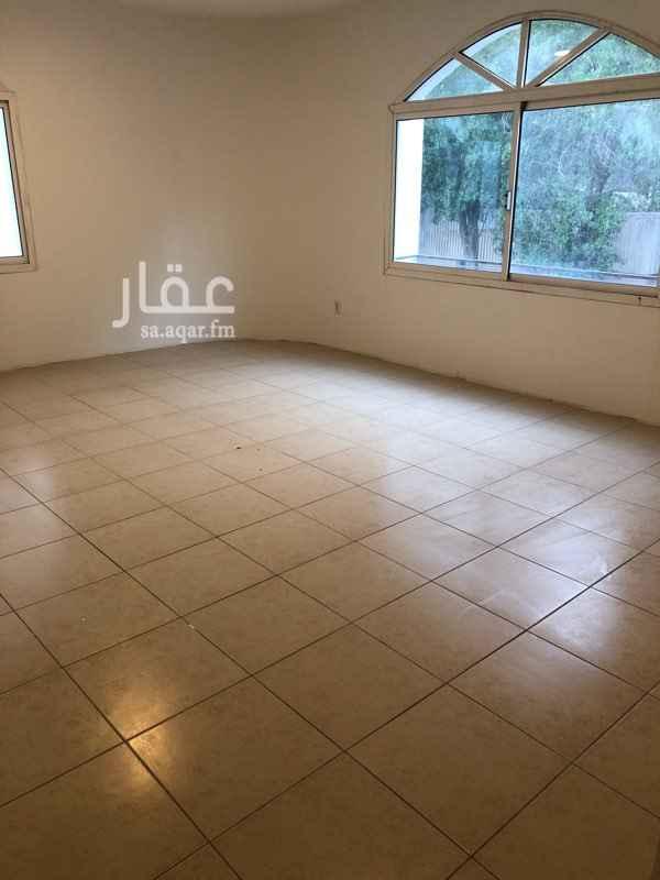 شقة للإيجار في شارع زكي مبارك ، حي البندرية ، الخبر
