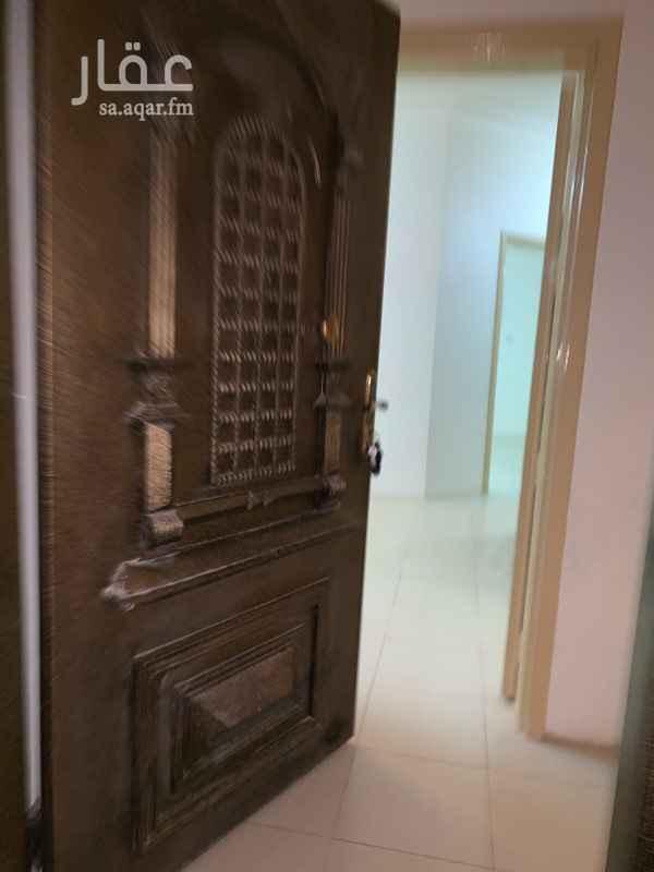 شقة للإيجار في شارع نابلس ، حي المروج ، الرياض