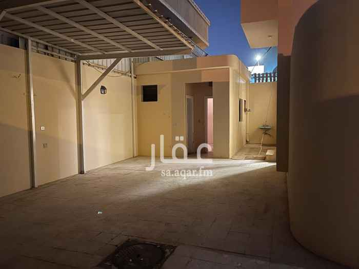 فيلا للإيجار في شارع ابي عمران الرشيد ، حي الورود ، الرياض ، الرياض