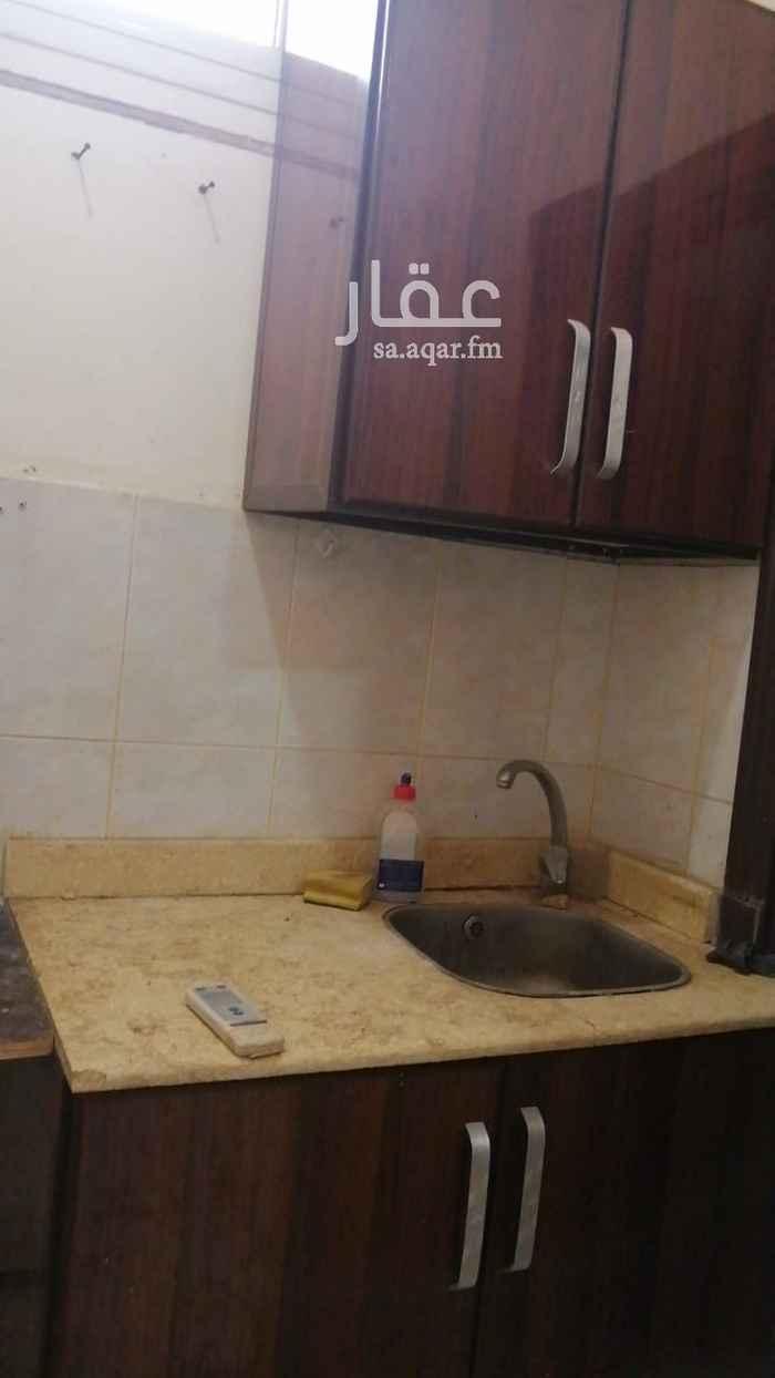 غرفة للإيجار في طريق الأمير محمد بن سعد بن عبدالعزيز ، حي الملقا ، الرياض ، الرياض