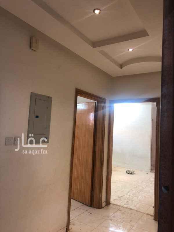 شقة للإيجار في حي عكاظ ، الرياض