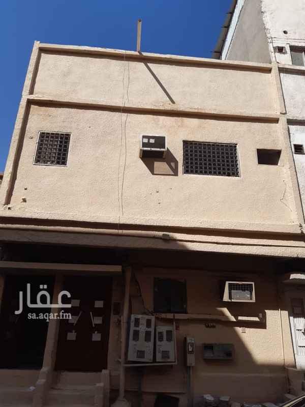 عمارة للبيع في شارع ابن عبدالجبار ، حي منفوحة ، الرياض ، الرياض
