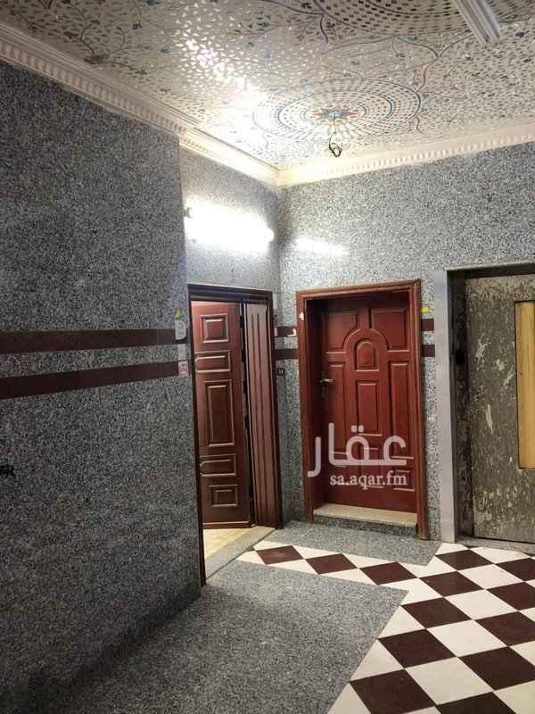 شقة للإيجار في شارع عبدالعزيز بن ابراهيم ، حي الصفا ، جدة ، جدة