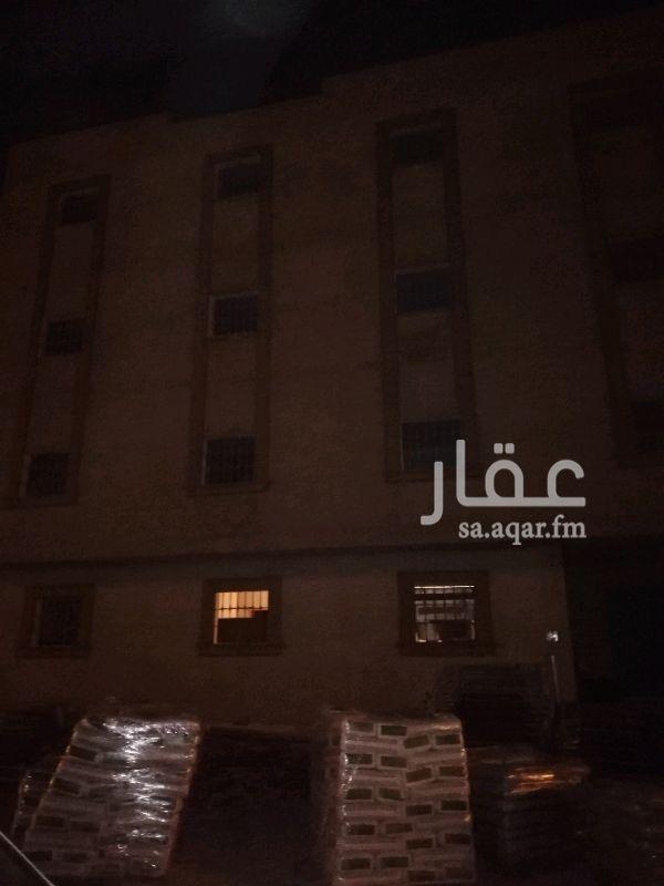 عمارة للإيجار في شارع رقم 267 ، الرياض
