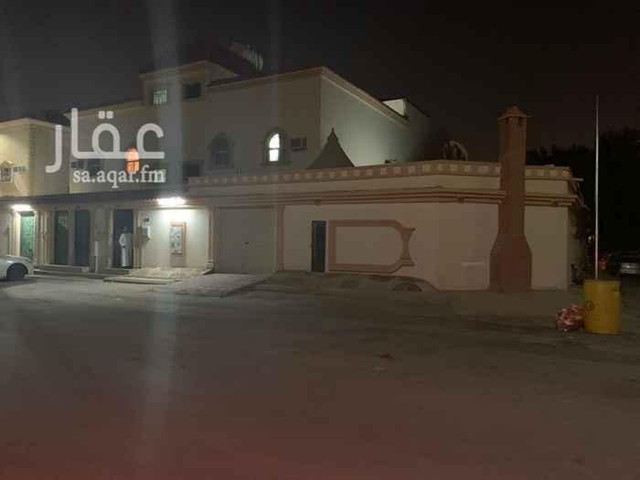 فيلا للبيع في شارع النهار ، حي ظهرة لبن ، الرياض