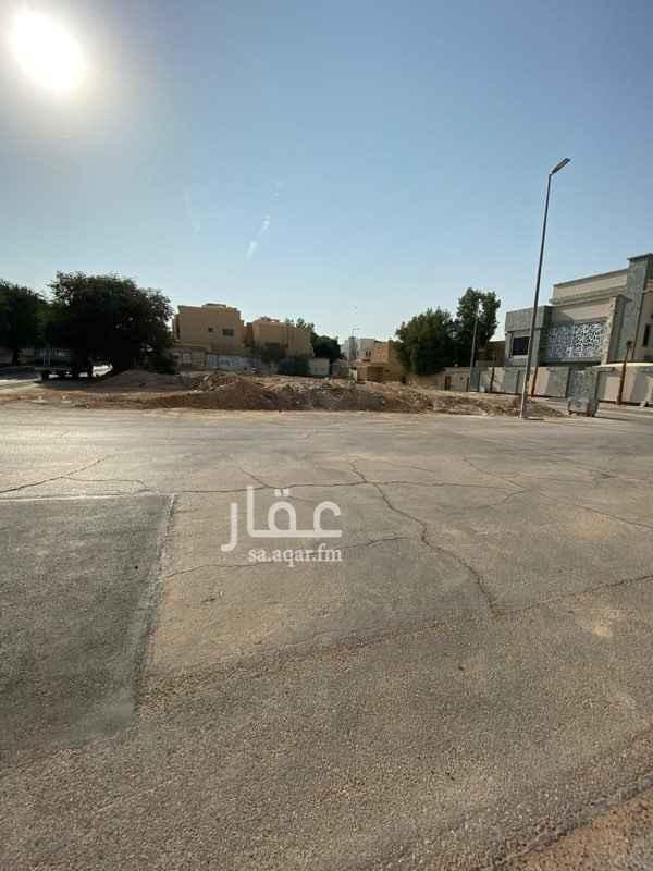 أرض للبيع في طريق الامام سعود بن عبدالعزيز بن محمد الفرعي ، حي النخيل ، الرياض