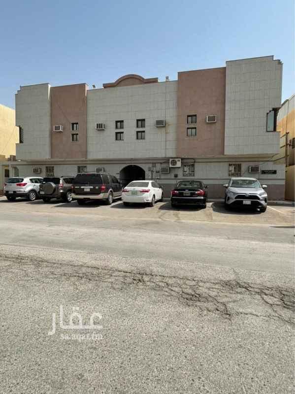 عمارة للبيع في شارع الحسن الملقي ، حي المروج ، الرياض ، الرياض