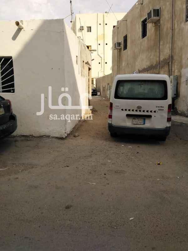 بيت للبيع في شارع غرناطة ، حي العزيزية ، جدة ، جدة