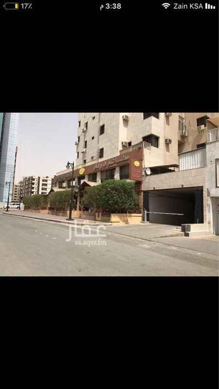 مكتب تجاري للإيجار في شارع وادي الشعراء ، حي العليا ، الرياض