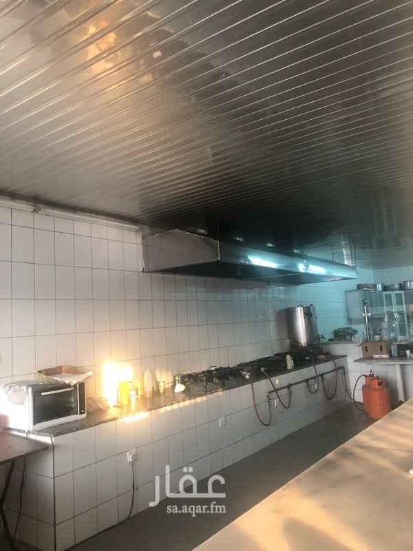 محل للبيع في طريق ديراب الفرعي ، حي الشفا ، الرياض