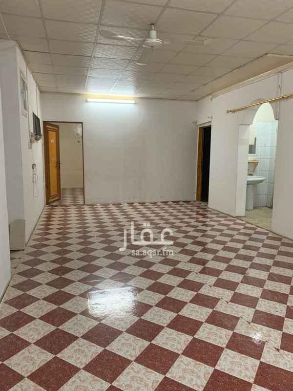 شقة للإيجار في شارع العارض ، حي العزيزية ، الرياض ، الرياض