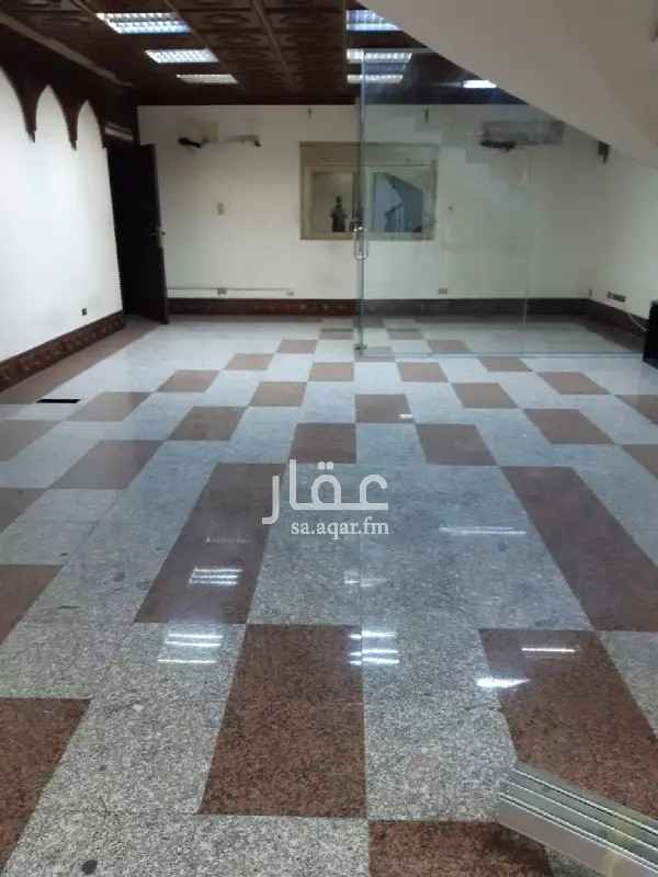 مكتب تجاري للإيجار في شارع الصحابه ، حي الشرفية ، جدة ، جدة