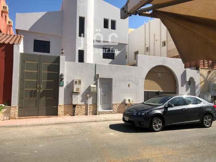 فيلا للإيجار في شارع محمود سامي البارودي ، حي الشاطئ ، جدة ، جدة
