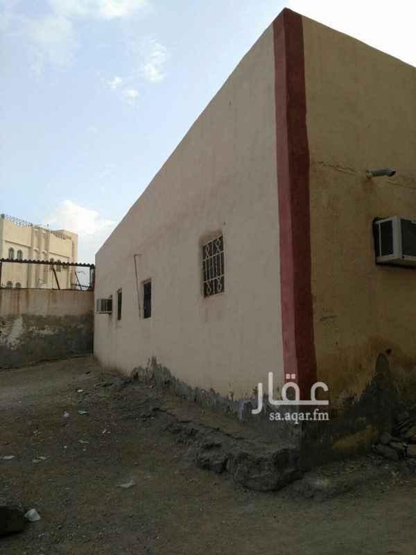 بيت للبيع في شارع محمد بن عون الطائي, الاصيفرين, المدينة المنورة