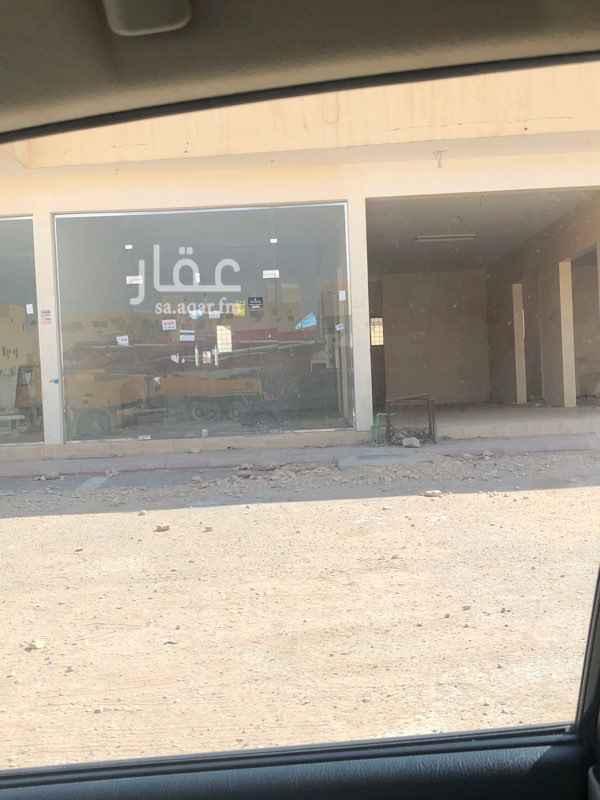 محل للإيجار في شارع نجم الدين الأيوبي الفرعي ، حي ظهرة نمار ، الرياض ، الرياض
