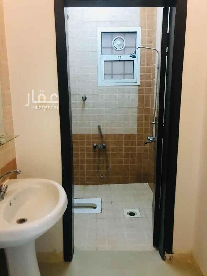شقة للإيجار في شارع محمد عبدالله البرقي ، حي المونسية ، الرياض