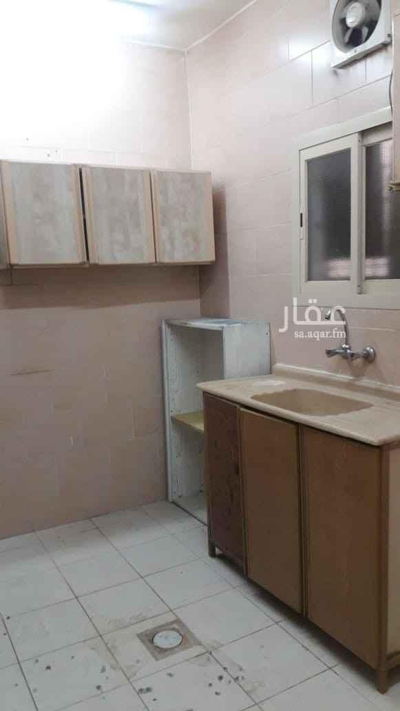 شقة للإيجار في شارع الدرعية ، حي الثقبة ، الخبر ، الخبر