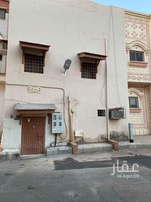 بيت للبيع في شارع عطاء الكيخراني ، حي العصبة ، المدينة المنورة ، المدينة المنورة