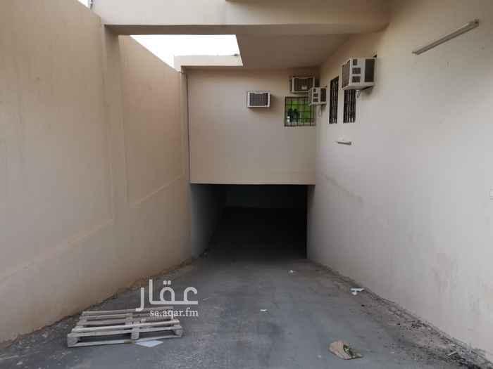 محل للإيجار في شارع وعلة ، حي ظهرة لبن ، الرياض ، الرياض