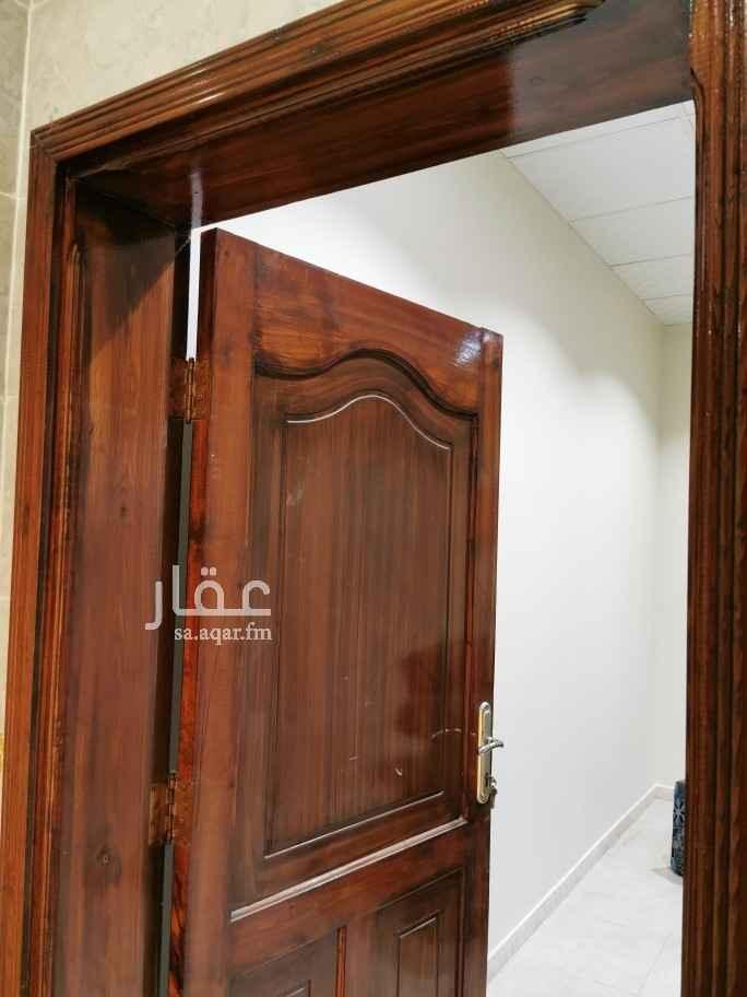شقة للإيجار في شارع نفيع ابو رافع الصائغ ، حي الدفاع ، المدينة المنورة ، المدينة المنورة