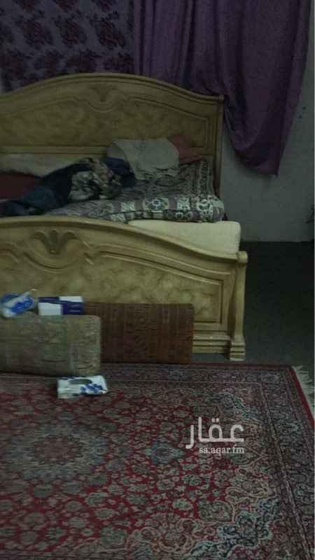 غرفة للإيجار في شارع عبدالله بن عتبة ، حي السعادة ، الرياض ، الرياض